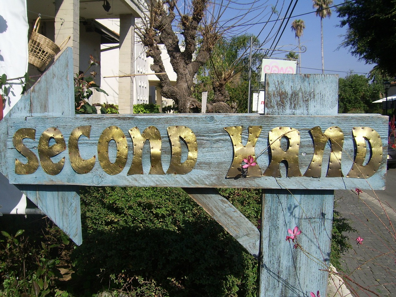 second, hand, sign