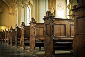 church, bank, wood-1515456.jpg